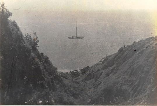 Schooner Estelle belonging to Capt. Thomas Charles Vanterpool.