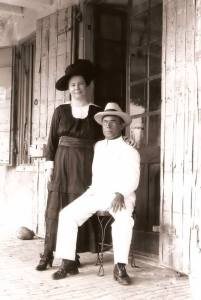 Peter Lambertus Labega and his wife Mary Eliza Hassell.
