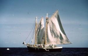 038 - Saba-1956-58 - Blue Peter - Ready to sail
