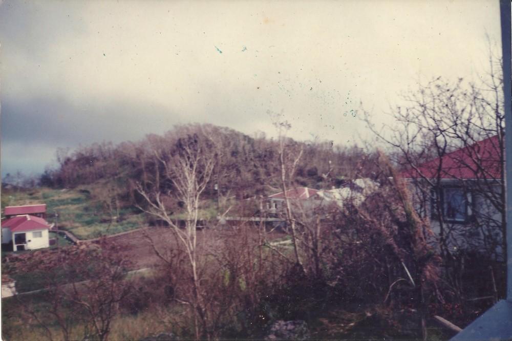 Hurricane Luis (3/6)