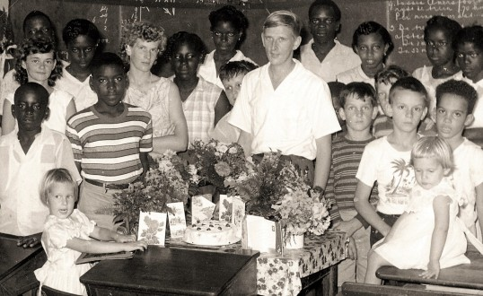 040 - Saba-1958 - Teachers birthday - H L van Scheepen-01