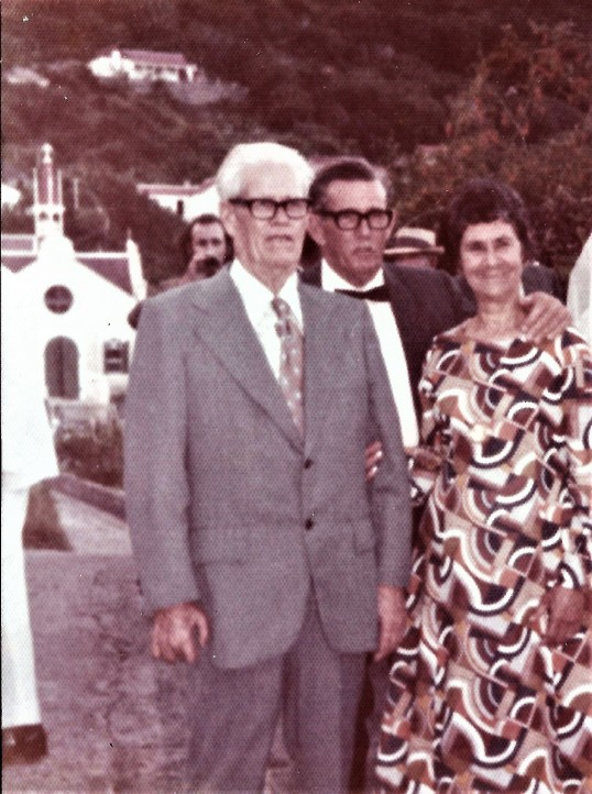 Elmer Hassell, his father Ralph and his wife Edith Lejuez.