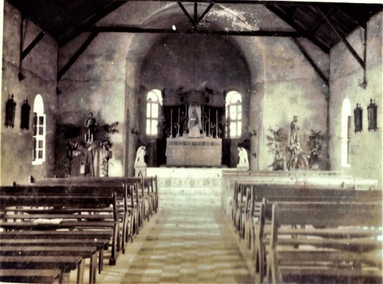 nterior of New R.C. church in The Bottom 1935.